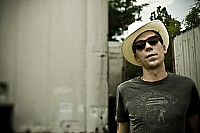 Acoustic Cafe Series welcomes Justin Townes Earle